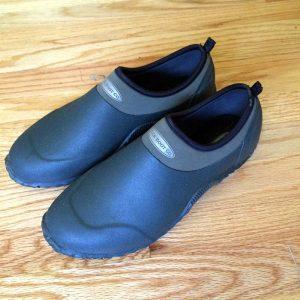 Dog Walking Shoes - MuckBoots Unisex Edgewater Camp Shoe